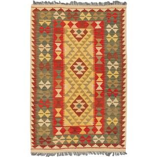 eCarpetGallery Kilim Hereke Red/Yellow Wool Handwoven Rug (3'5 x 5'3)