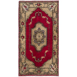 eCarpetGallery Konya Anatolian Red Wool Hand-knotted Rug (5'3 x 9'9)