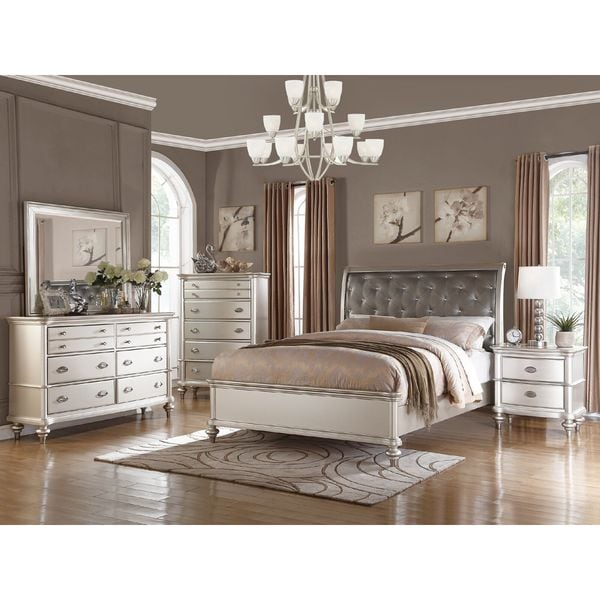 Shop Silver Orchid Boland 6-piece Silver Bedroom Furniture Set - On ...