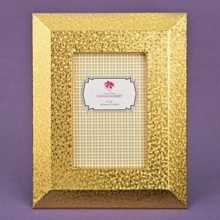 Gold 4 x 6-inch Frame with Wide Border and Beveled Edge