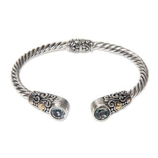 Handcrafted Gold Accent Sterling Silver 'Sukawati Secret' Blue Topaz Bracelet (Indonesia)