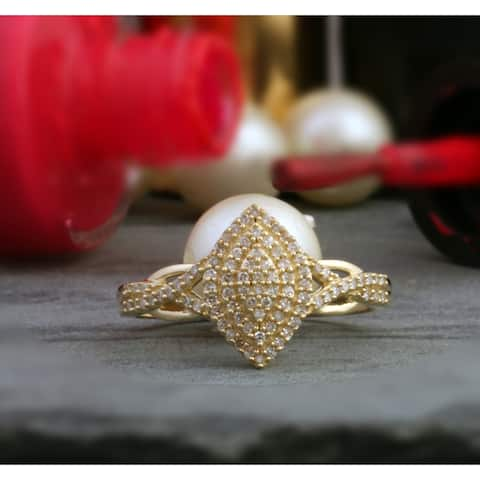 De Couer IGI Certified 10k Yellow Gold 1/4ct TDW Diamond Cluster Halo Engagement Ring