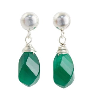 Handmade Sterling Silver 'From Chiang Mai with Love' Chalcedony Earring (Thailand)
