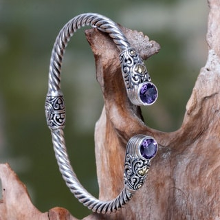 Handcrafted Gold Accent Sterling Silver 'Sukawati Secret' Amethyst Bracelet (Indonesia)