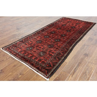 Oriental Persian Balouch Red Wool Hand-knotted Rug (3' 10 x 8' 5)