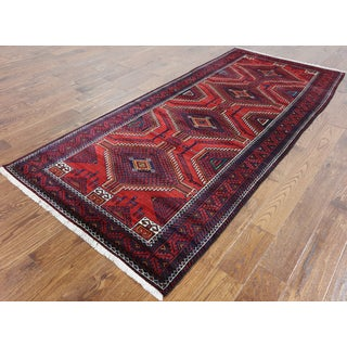 Oriental Persian Balouch Red Wool Hand-knotted Rug (3'10 x 8'10)