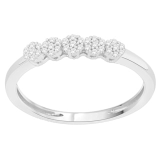 Trillion Designs 10k White Gold Diamond Accent Heart Cluster Engagement Ring (H-I, I1-I2)