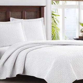 Tommy Bahama Chevron White 3-piece King Size Quilt Set (As Is Item)