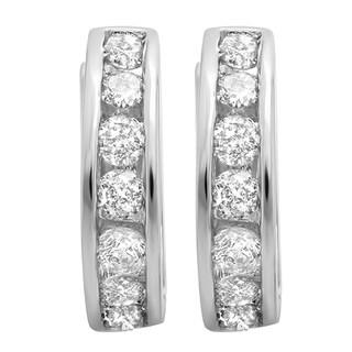 18K Gold 1/2ct TDW Round Diamond Huggie Hoop Earrings (H-I, I1-I2)