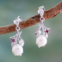 Handmade Sterling Silver 'Nature's Gift' Cultured Pearl Ruby Earrings (7 mm) (India)