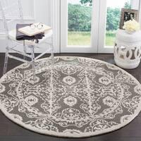 Safavieh Handmade Bella Dark Grey / Ivory Wool Rug - 5' Round