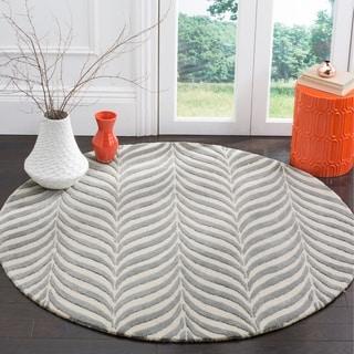 Safavieh Handmade Bella Ivory / Grey Wool Rug (5' Round)