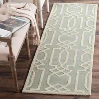 Safavieh Handmade Bella Grey / Ivory Wool Rug (2' 3 x 7')