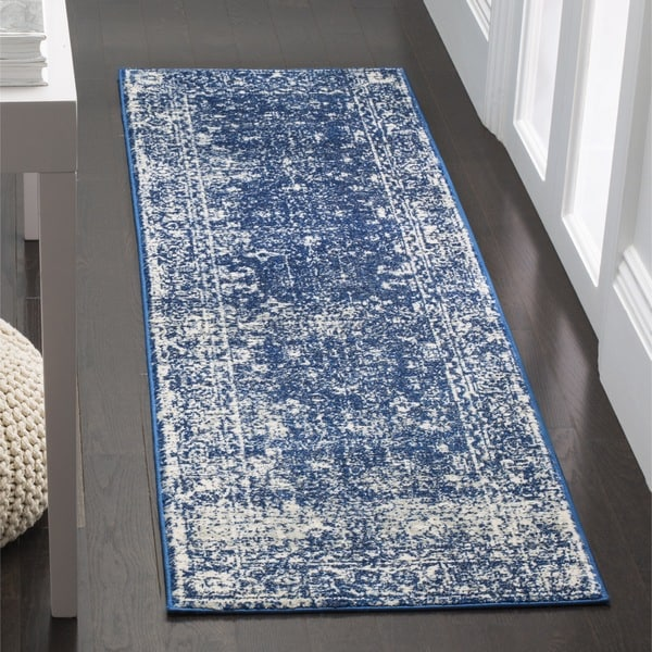 Safavieh Evoke Vintage Oriental Navy Blue/ Ivory Distressed Rug (2' 2 x 7')