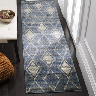 Safavieh Tunisia Southwestern Light Blue / Cream Rug (2' 3 x 8')