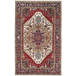 eCarpetGallery Serapi Heritage Ivory/ Red Wool Hand-Knotted Rug (4'11 x 8')