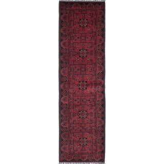 eCarpetGallery Khal Mohammadi Red Wool Hand-knotted Rug (2'9 x 9'9)