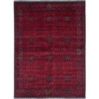eCarpetGallery Khal Mohammadi Red Wool Hand-Knotted Rug (5'7 x 7'7)