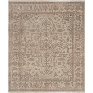 eCarpetGallery Ushak Grey Wool Hand-knotted Rug (8'0 x 9'7)