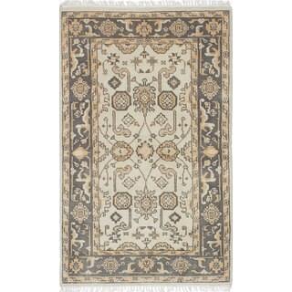 eCarpetGallery Royal Ushak Grey/Ivory Wool Hand-knotted Rug (3'1 x 4'11)
