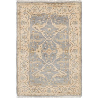 eCarpetGallery Royal Ushak Grey Wool Hand-Knotted Rug (4' x 5'11)