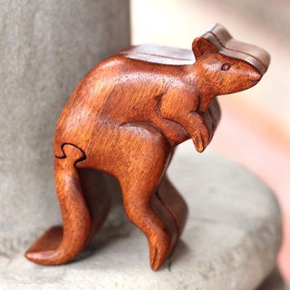 Handcrafted Suar Wood 'Curious Kangaroo' Puzzle Box (Indonesia)