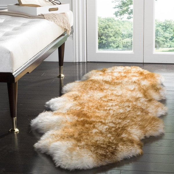 Safavieh Prairie Natural Pelt Sheepskin Wool Off-White/ Cocoa Brown Shag Rug (2' x 6') - 2' x 6'