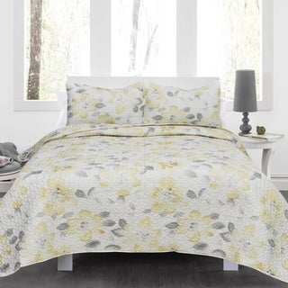 Joan 3-piece Yellow Floral Quilt Set