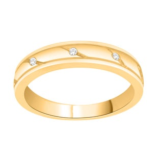 Trillion Designs 14k Yellow Goldplated Sterling Silver Round-cut Natural Diamond Accent Wedding Band