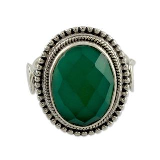 Handcrafted Sterling Silver 'Green Magnificence' Onyx Ring (India)