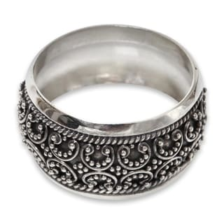 Handcrafted Sterling Silver 'Celuk Garland' Ring (Indonesia)