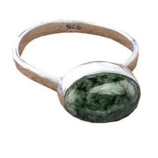 Handmade Sterling Silver 'Jade Mystique' Jade Ring (Guatemala)
