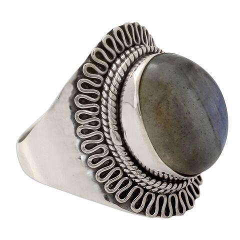 Novica Handmade Regal Infinity Sterling Silver Labradorite Ring (India)