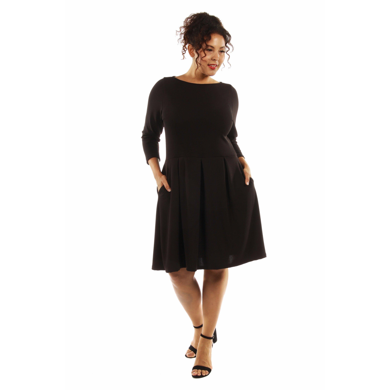 24/7 Comfort Apparel Women\'s Classic Plus Size Little Black Dress