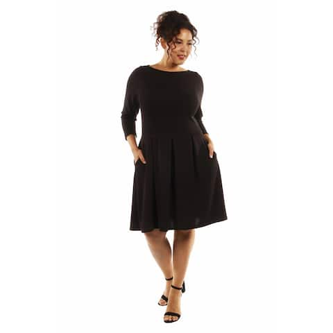 24/7 Comfort Apparel Women's Classic Plus Size Little Black Dress