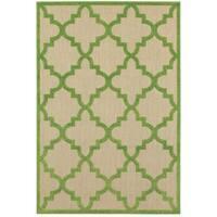 StyleHaven Lattice Sand/ Green Indoor-Outdoor Area Rug - 5'3 x 7'6