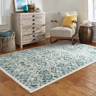 Updated Traditions Ivory/Blue Area Rug (5'3 x 7'6)