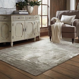 Plush Abstract Ivory/Grey Polypropylene and Polyester Area Rug (5'3 x 7'6)