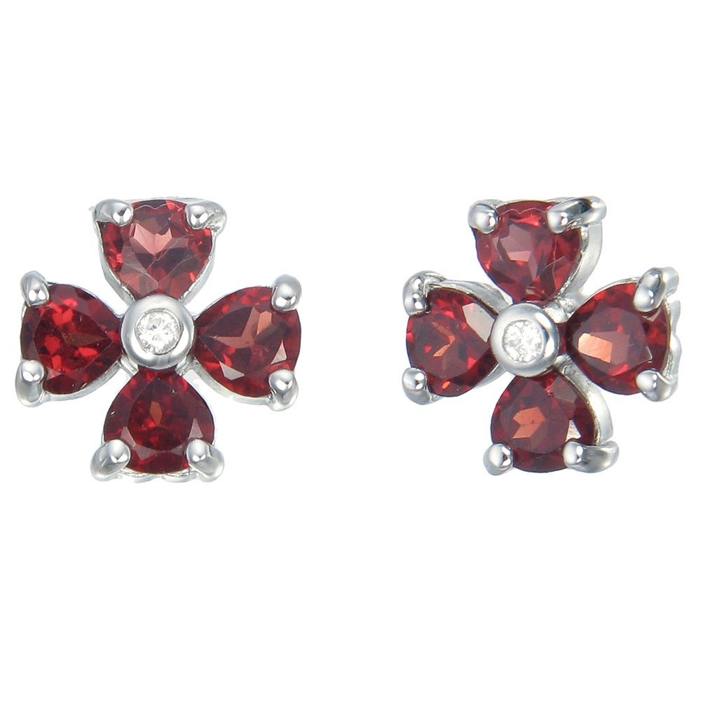 Sterling-silver 1.40-carat Garnet Flower Earrings (Flower...
