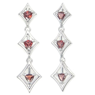 Sterling Silver 1.10-carat Garnet Trillion Dangle Earrings