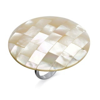 Metal White Mother-of-pearl Large Circle Cocktail Ring