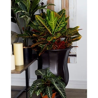 Studio 350 Metal Planter Set of 3, 18 inches, 22 inches, 26 inches high