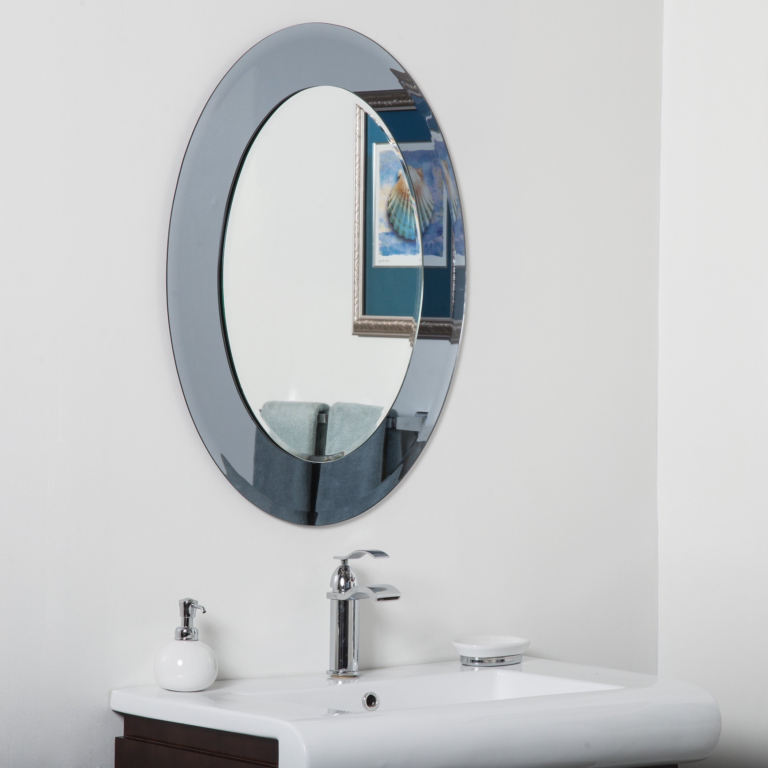 Shop Cayman Glass Beveled Round Bathroom Mirror Silver 31 5hx23 6wx 5d On Sale Overstock 13002682