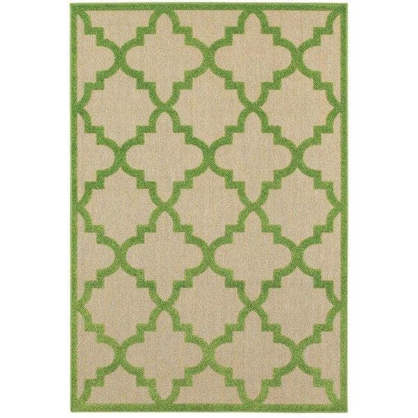 StyleHaven Lattice Sand/ Green Indoor-Outdoor Area Rug - 7'10 x 10'10