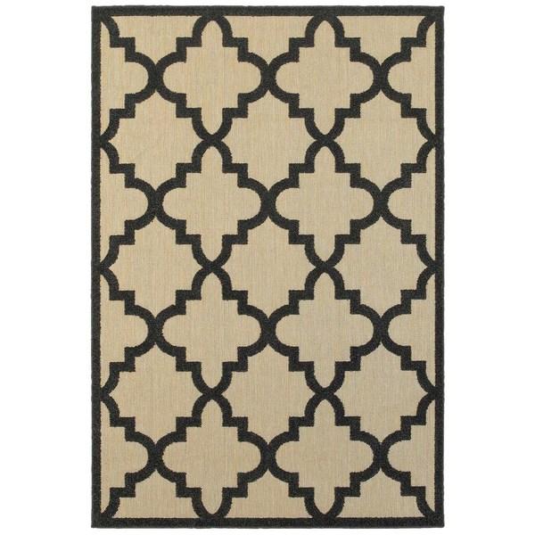 StyleHaven Lattice Sand/ Charcoal Indoor-Outdoor Area Rug - 7'10 x 10'10