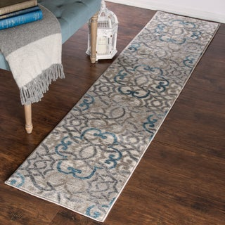 "Windsor Home Vintage Interlocking Brocade Rug - Ivory Blue - 1'8"" x 7'"