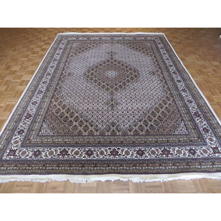 Hand-knotted Oriental Ivory Wool and Silk Mahi Tabriz Rug (9' x 12'2)