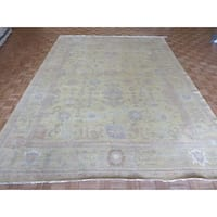 Hand-knotted Oriental Gold Wool Oushak Rug (9'11 x 13'7)