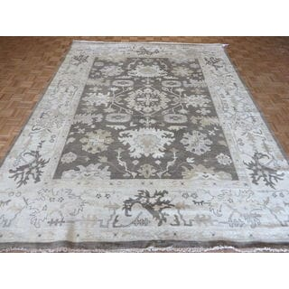Oriental Light Brown Oushak with Wool Hand-knotted Rug (9'1 x 11'8)