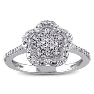 Laura Ashley 10k White Gold 1/4ct TDW Diamond Flower Cluster Ring (G-H, I2-I3)